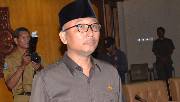 Wakil ketua Komisi E DPRD Jatim Sulidaim. (FOTO: NUSANTARANEWS.CO/Setya)