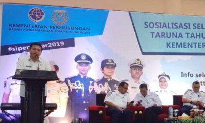 Kepala Dishub Kaltara Taupan Madjid saat memberikan sosialisasi Sipencatar tahun akademik 2019-2020 di Bandar Udara Juwata Tarakan, Rabu (10/4). (FOTO: Istimewa)