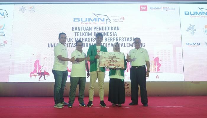 BUMN Goes to Campus 2019, Direksi Telkom Berbagi Inspirasi dan Motivasi dengan 3 Ribu Mahasiswa di Palembang