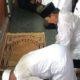 Prabowo Subianto kembali sujud syukur usai shalat Jumat di Masjid Al-azhar. (FOTO: Istimewa)
