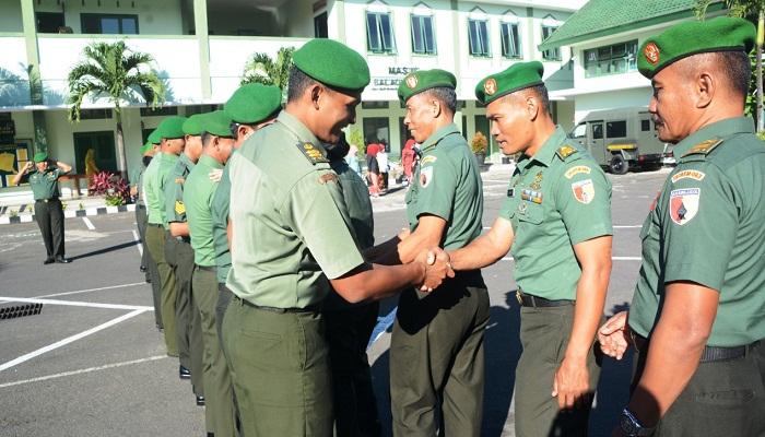 Sebanyak 14 Personel Korem Baladhika Jaya Menyandang Pangkat Baru