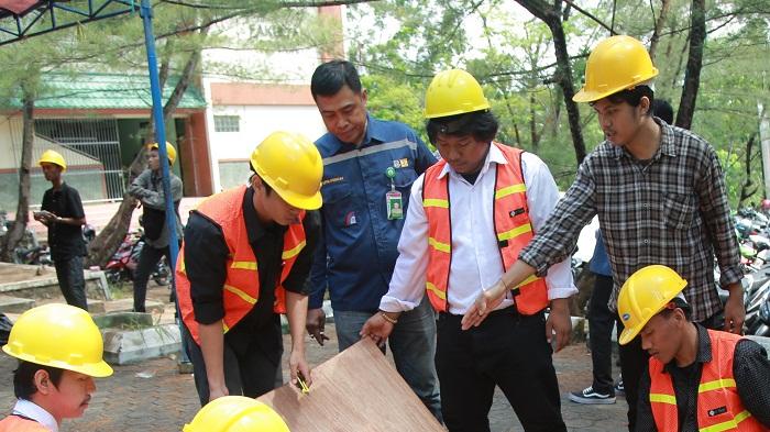 Tenaga Kerja Lokal - Kegiatan DL-SIBIMA yang digelar DPUPR-Perkim Kaltara di UBT, Kamis (11/4). (FOTO: NUSANTARANEWS.CO/Istimewa)