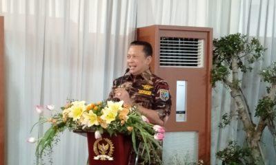 Ketua DPR RI sekali Dewan Pembina Motor Besar Indonesia (MBI) Bambang Soesatyo Sambutan Saat Mengundang Club Motor dan Mobil Buka Bersama (Foto Romandhon/NUSANTARANEWS.CO)