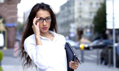 pujian dari orang lain, percaya diri, rasa percaya diri, seorang wanita, nusantaranews