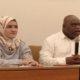 Aktivis HAM Natalius Pigai dan Praktisi Kesehatan Dhinda Nasrul dalam sebuah diskusi bertajuk Tumbal Demokrasi, di Balik Tragedi Kematian 555 Orang di Cemara Hotel, Jakarta Pusat, Minggu (12/5/2019). (Foto: Romandhon/NUSANTARANEWS.CO)