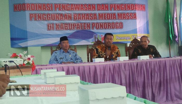 Balai Bahasa Jatim Ingin Wartawan Gunakan Kaidah Bahasa yang Benar. (Foto: Nur Cholis/NUSANTARANEWS.CO).