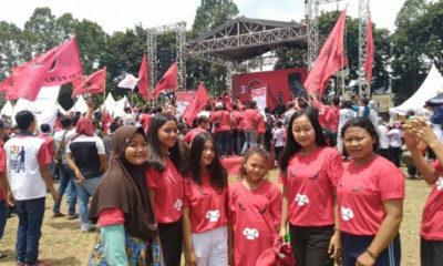 Pelibatan Anak Dalam Dunia Politik di Acara Kampanye Terbuka PDIP. (Foto Dok. Suara.com).1.