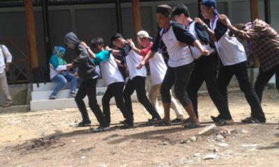 Lomba Bakiak Tutup Pelatihan Tata Kelola Pariwisata di Nunukan. (Foto: Eddy Santri/NUSANTARANEWS.CO)