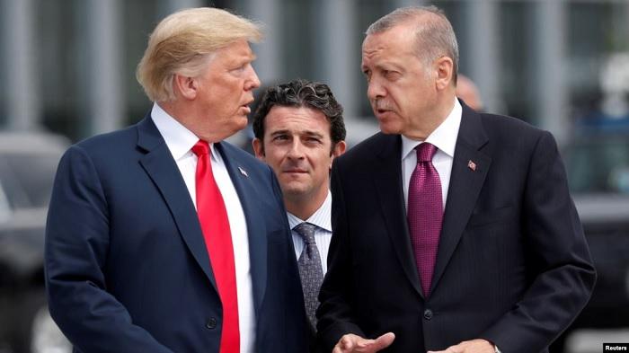 Saat Presiden AS Donald Trump dan Presiden Turki Tayyip Erdogan bertemu. (FOTO: Dok. Reuters)