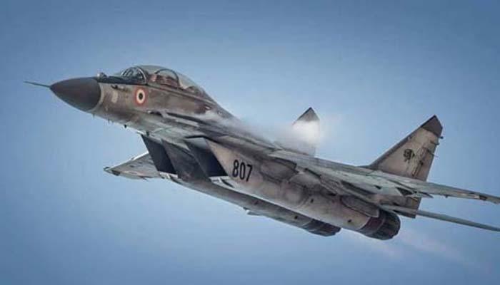 India menambah jet tempur