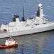 Inggris Menambah Kekuatan di Teluk
