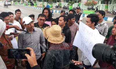 Ketua DPRD Sumenep Janji Perjuangkan Tuntutan Petani Garam, nusantaranewsco