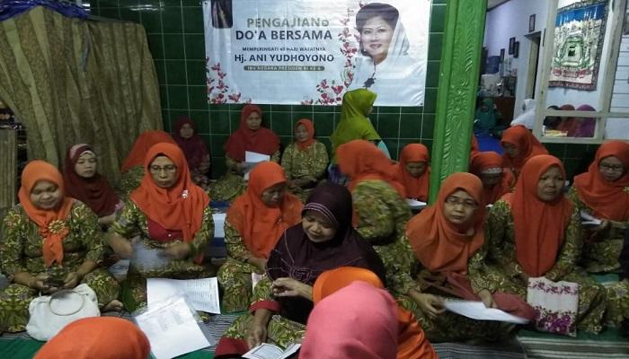 masyarakat ponorogo, kirim doa, almarhumah, ani yudhoyono, nusantaranews