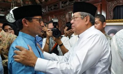 Sandiaga Uno disambut SBY di acara 40 Hari Wafatnya Ani Yudhoyono. (FOTO: Dok. @sandiuno)
