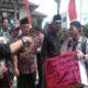 baru menjabat, anggota dprd, dprd sumenep, aksi demonstrasi, puluhan mahasiswa, nusantaranews
