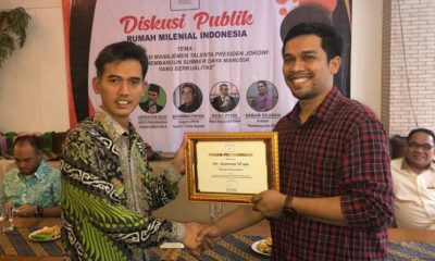 "Deputi pengembangan pemuda, Dr. Asrorun Ni'am Sholeh MA dalam Diskusi publik ""membedah visi managemen talenta presiden jokowi dalam membangun sumber daya manusia yg berkualitas"" yang diselenggarakan oleh Rumah Milenial Indonesia. (FOTO: Istimewa)"