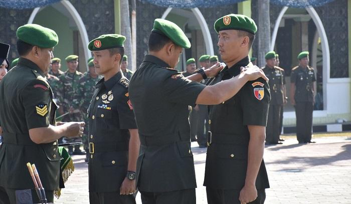Rotasi Jabatan Perwira TNI-AD, Letkol Inf Bambang Hariyanto Jabat Dandim Bojonegoro. (FOTO: NUSANTARANEWS.CO/CY)