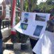 Aksi Mahasiswa FKMS di Depan Kantor Satpol PP Sumenep soal Tambak Udang di Pakandangan Barat. (FOTO: NUSANTARANEWS.CO/Mahdi)