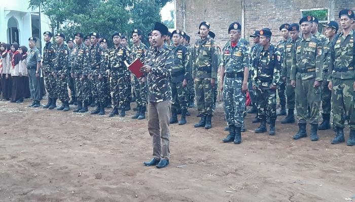 Ansor dan Banser menyatakan diri siap emban amanah para Kiai untuk menjaga Keutuhan NKRI. (Foto: Muhammad Sulhanudin/NUSANTARANEWS.CO)