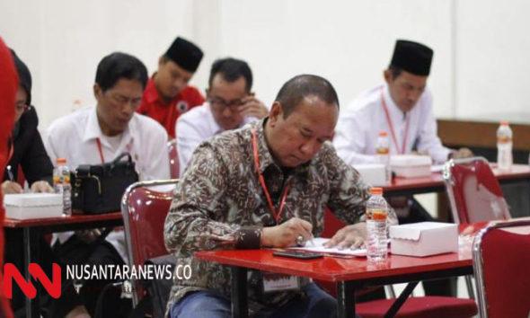 Ikut Uji Kelayakan di PDIP Haries Usung Visi Surabaya Kota Dunia Berbasis Kerakyatan. (Foto: NUSANTARANEWS.CO/Setya)