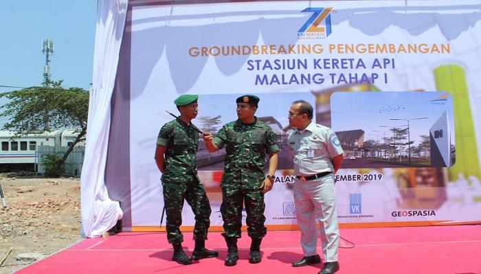 Groundbreaking Pengembangan Stasiun Kereta Api Malang Dihadiri Danmenarmed 1/PY/2-Kostrad