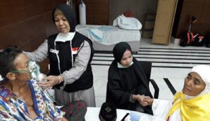 Peran Multitasking Tim Kesehatan Haji Indonesia di Madinah. (FOTO: Istimewa)