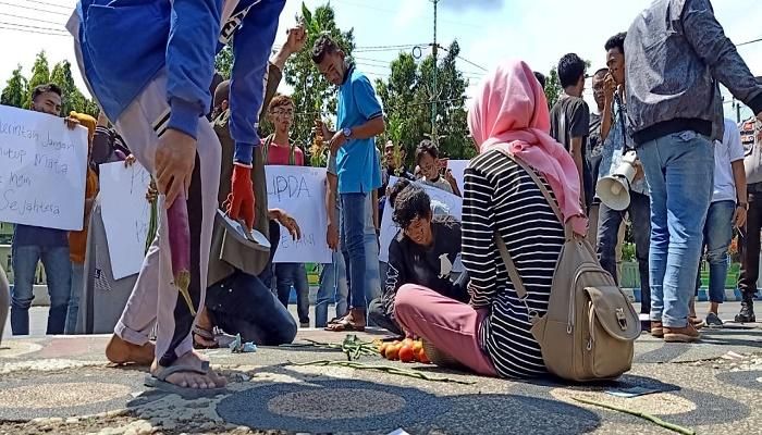 peringati, hari tani nasional, puluhan pemuda, sumenep, demonstrasi, nusantaranews