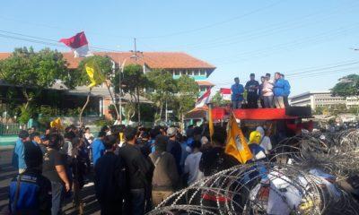 Tebang Pilih, PMII Jatim Tuding KPK Tak Serius Usut Korupsi. (FOTO: NUSANTARANEWS.CO/Tri Wahyudi)
