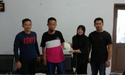 Seorang WNA Eks Napi Kasus Narkoba Asal Malaysia Dideportasi ke Negara Asal. (Foto: Eddy S/NUSANTARANEWS.CO)
