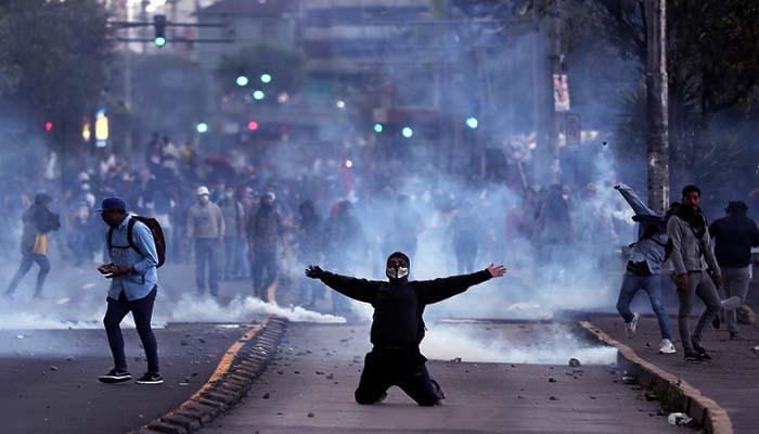 400 Pengujuk Rasa Telah Ditangkap Dalam Kerusuhan di Ekuador400 Pengujuk Rasa Telah Ditangkap Dalam Kerusuhan di Ekuador