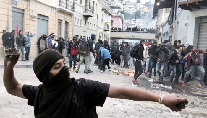 Ekuador Dilanda Demonstrasi Massal