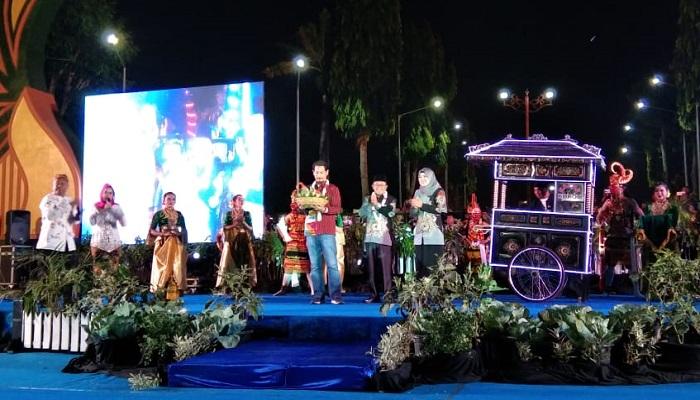 Festival Kuliner Madura 2019. (Foto: M Mahdi/NUSANTARANEWS.CO)