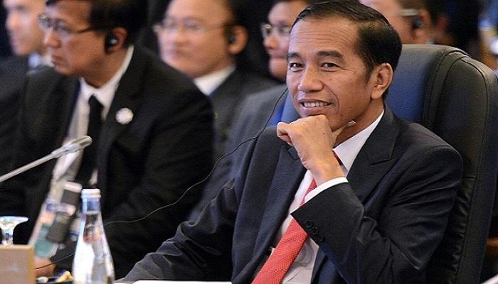 Presiden Jokowi saat mengikuti agenda KTT ke-20 ASEAN-JEPANG di Philippines International Convention Center (PICC), Manila, Filipina, Senin (13/11). Foto: Humas/Setkab