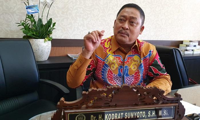 Sekretaris Fraksi Partai Golkar DPRD Jatim Kodrat Sunyoto. (FOTO: NUSANTARANEWS.CO/Setya)