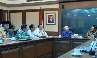 Wakil Syuriah NU Jabar KH Abun Bunyamin Temui Menteri Koperasi dan UKM Teten Masduki. (Foto Dok. NUSANTARANEWS.CO)