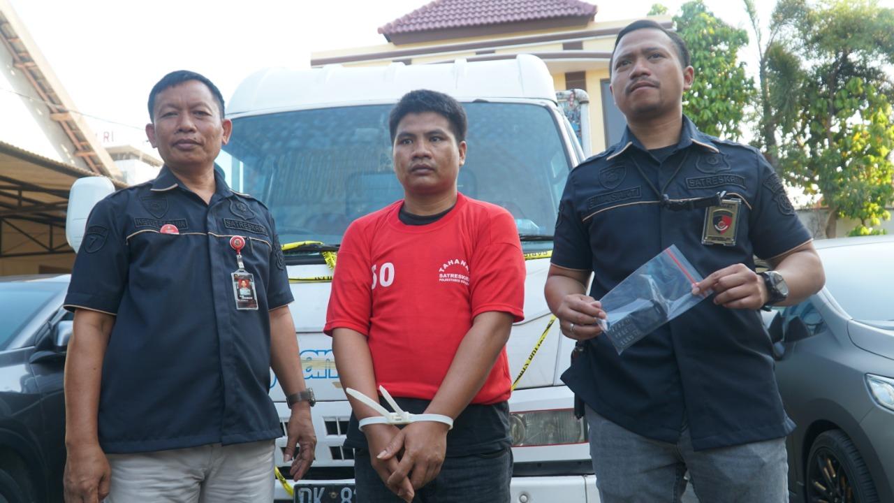Polrestabes Surabaya Ungkap Perampokan Truk Bermuatan Kayu