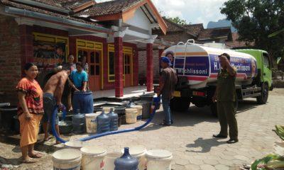 Peduli Keluh Kesah Warga, Bupati Ponorogo Kirimkan Air Bersih