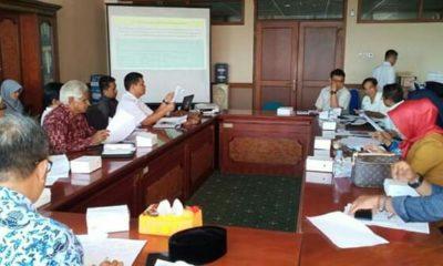 Rapat membahas UMK di Nunukan.