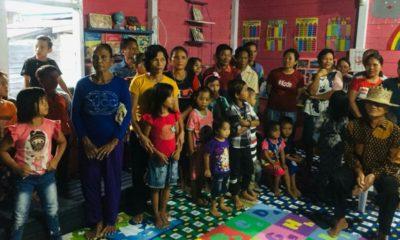 Komutas Jendela Nusantasa dan Bank Indonesia saat mengunjungi desa - desa di Lumbis Ogong, Nunukan, Kaltara.