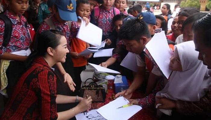 karolin margret natasa, generasi muda, permainan tradisional, nusantaranews