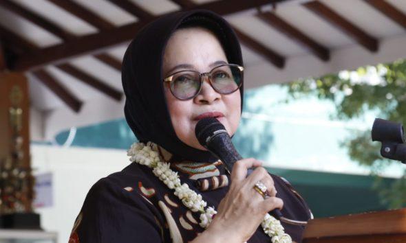 ketua Komisi E DPRD Jatim Wara Sundari Reny Pramana
