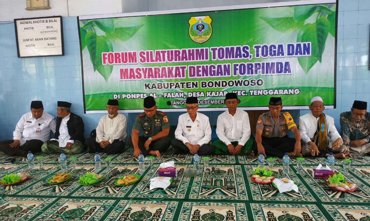 Bupati Bondowoso KH Salwa Arifin berserta Forkopimda melakukan petemuan dengan para tokoh agama (toga) dan tokoh masyarakat (tomas) Rabu (3/12/2019)