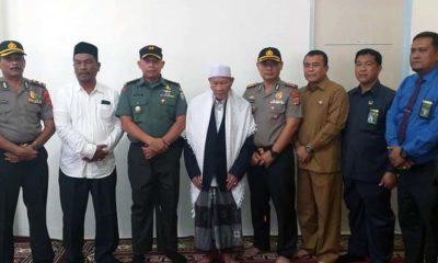 Ulama Aceh Peusijuek Kapolres Definitif Pertama Pidie Jaya