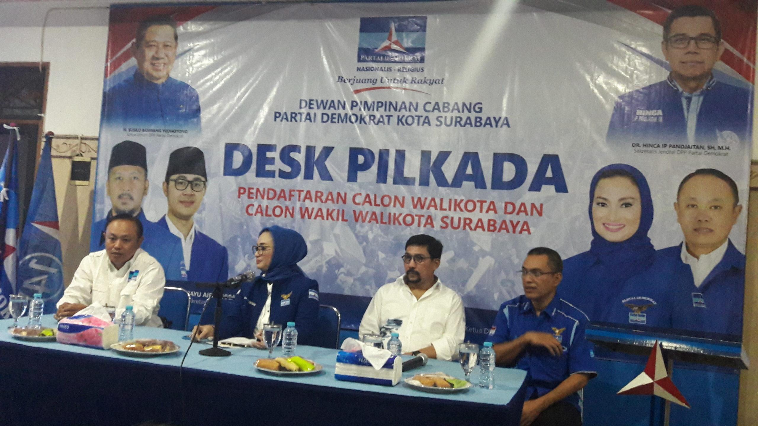 bacawali Surabaya Irjen Pol (Purn) Machfud Arifin giliran melamar ke Partai Demokrat untuk diajak membangun koalisi di Pilwali Surabaya
