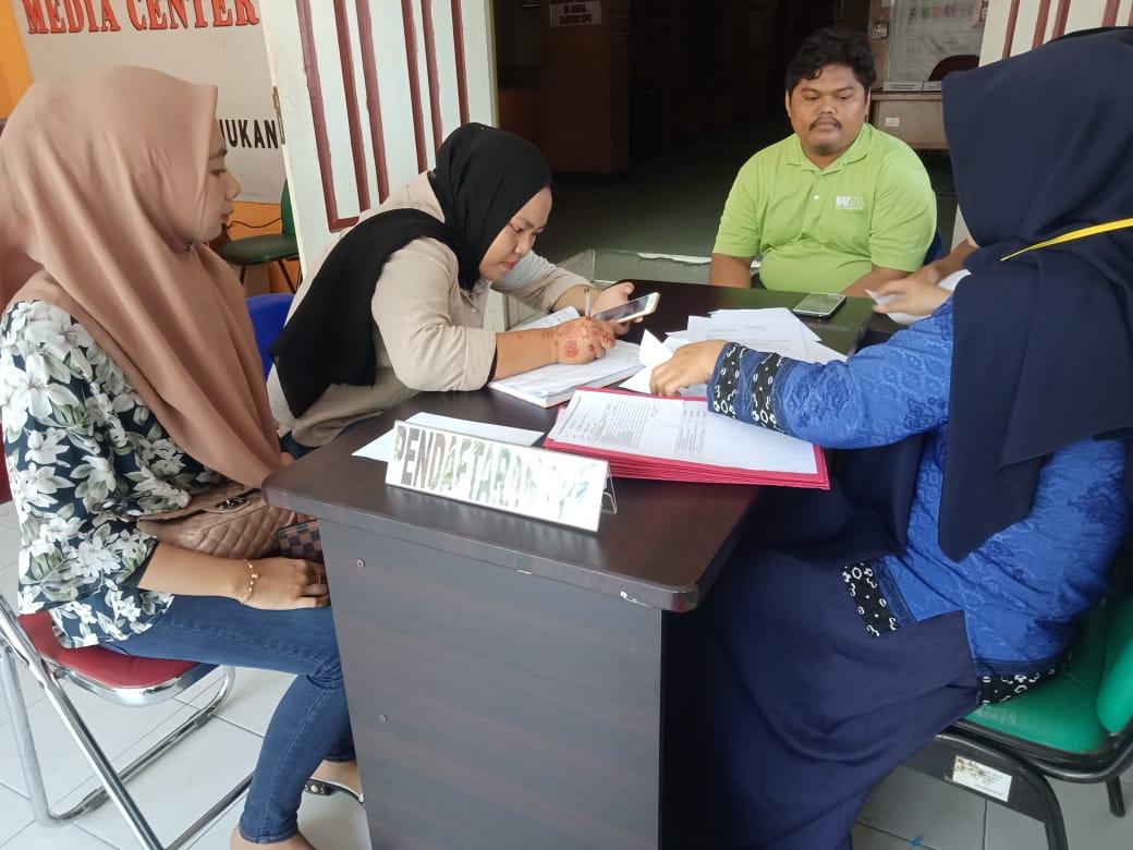 Antusiasme masyarakat saat mendaftar sebagai peserta seleksi anggota PPK yang digelar KPUD Nunukan