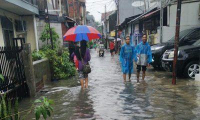 Stop Politisasi Bencana Banjir Jakarta, Fokus Bantu Masyarakat