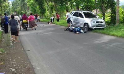 kecelakaan lalu lintas atau lakalantas hebat terjadi Jumat (10/1/2020) sekitar pukul 15.30 WIB di jalan raya Jetis-Bungkal tepatnya di Dukuh Bancar, Desa Bancar, Kecamatan Bungkal, Kabupaten Ponorogo, Jatim.