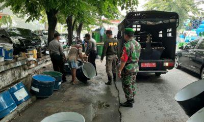 Satpol PP Gandeng Babinsa Tertibkan PKL di Pabean Cantian Surabaya