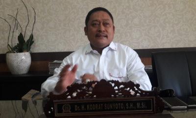 Satu Tahun Pimpin Jatim, Khofifah Emil Diklaim Sukses Entas Kemiskinan
