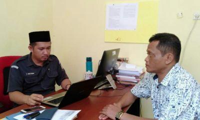 Ketua Bawaslu Nunukan, Mochammad Yusran saat memanggil Ketua Sahabat Irianto guna melalukan klarifikasi atas kehadiran 3 oknum ASN pada saat pelantikan Relawan Sahabat Irianto di Nunukan